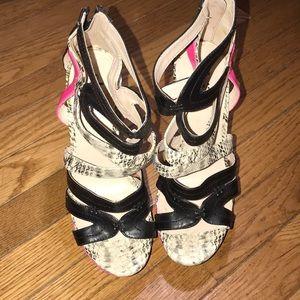 Multicolor Shi by Journeys heels